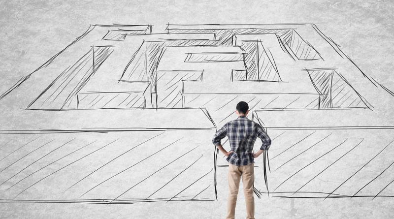man-in-front-of-maze-goals